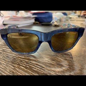 "Maui Jim ""you move me"" sunglasses"